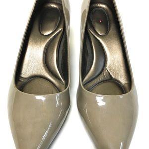 EUC   Bandalino Nude Heels   Size: 7.5